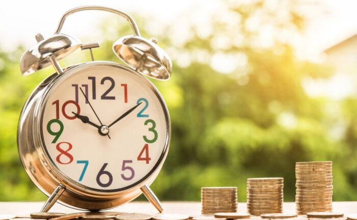 【年10万円節約する方法】楽に固定費を減らして一気に黒字家計へ!